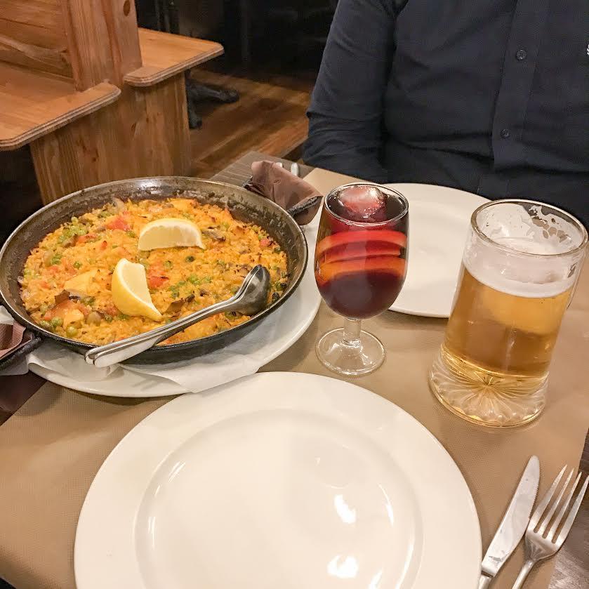 Colom Restaurant paella in Barcelona
