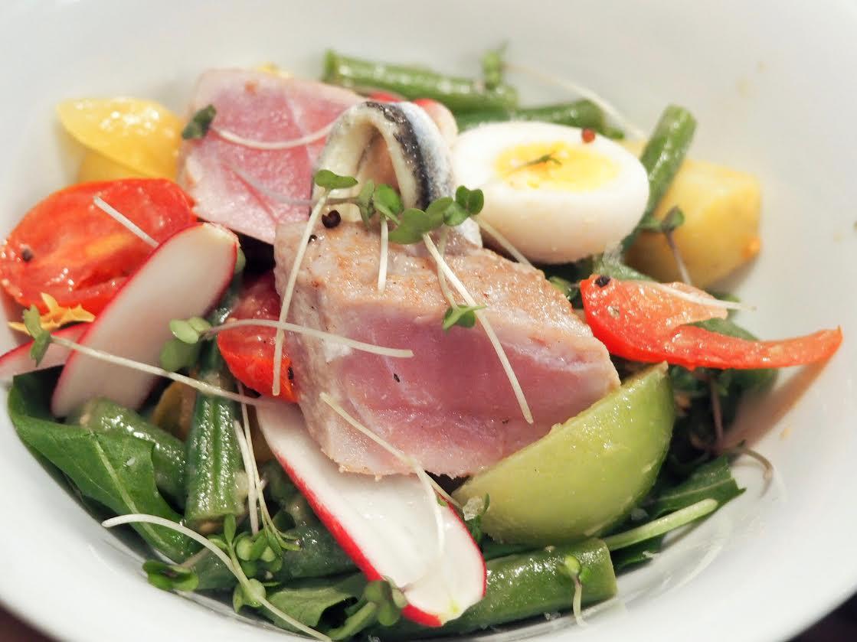Island Stories nicoise salad