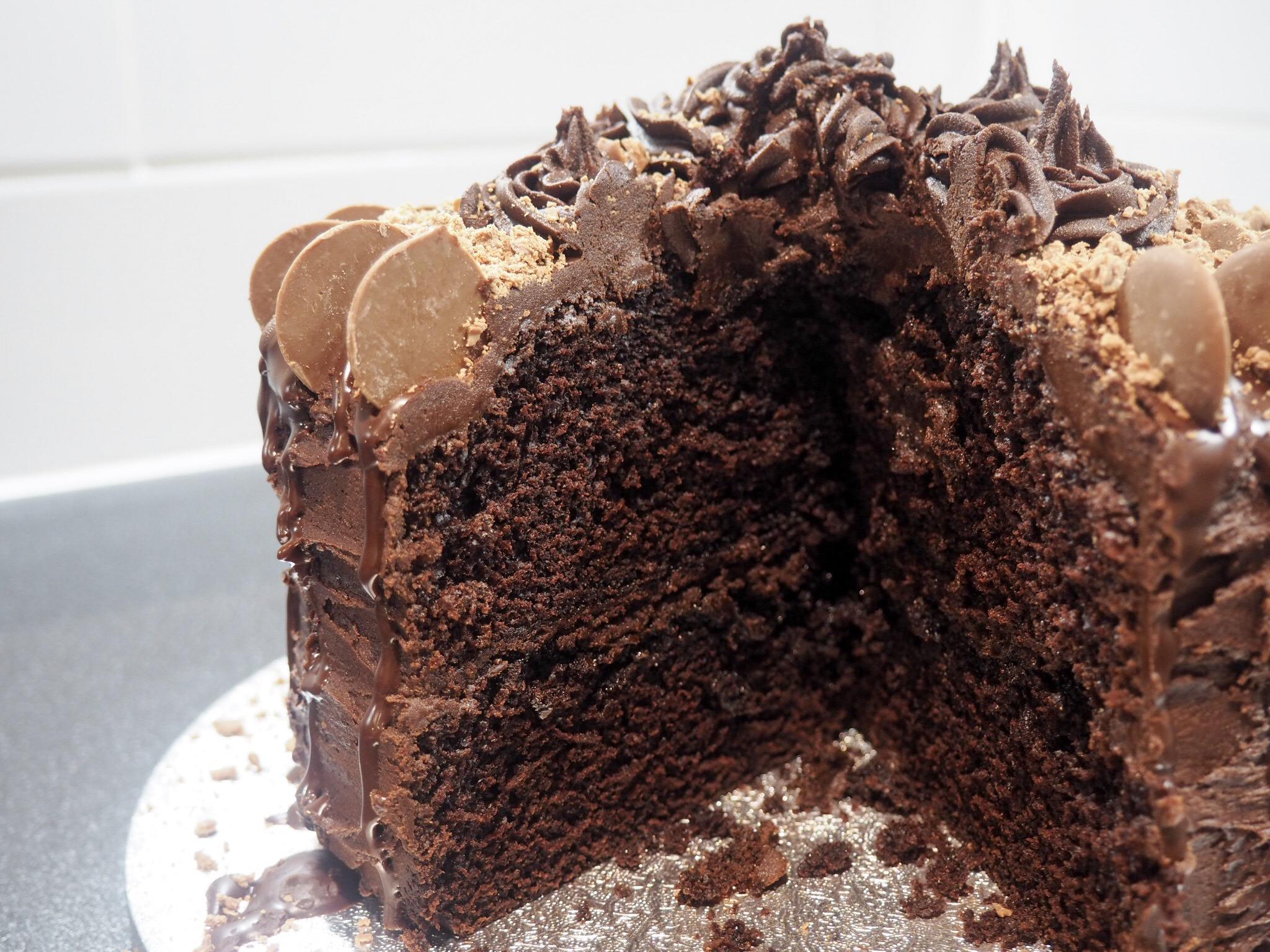 How to make a chocolate sponge