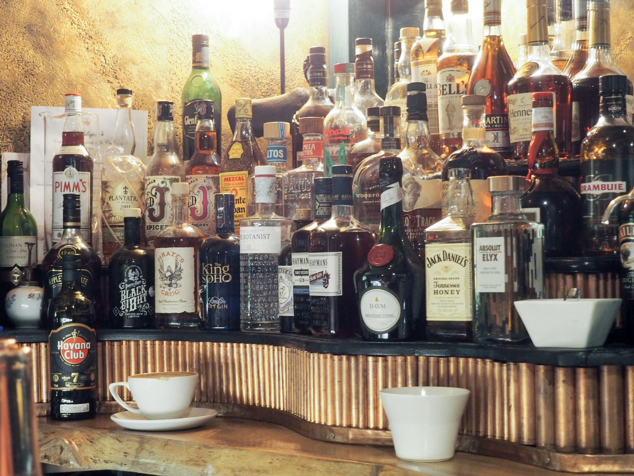 Royal Hotel Southend bar