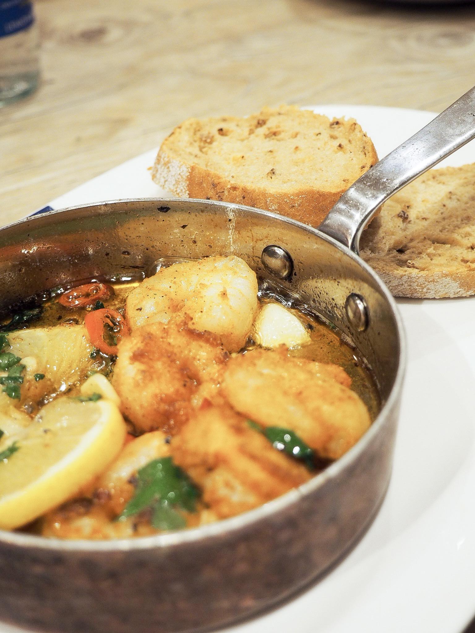 Loch Fyne pan fried garlic and chilli prawns
