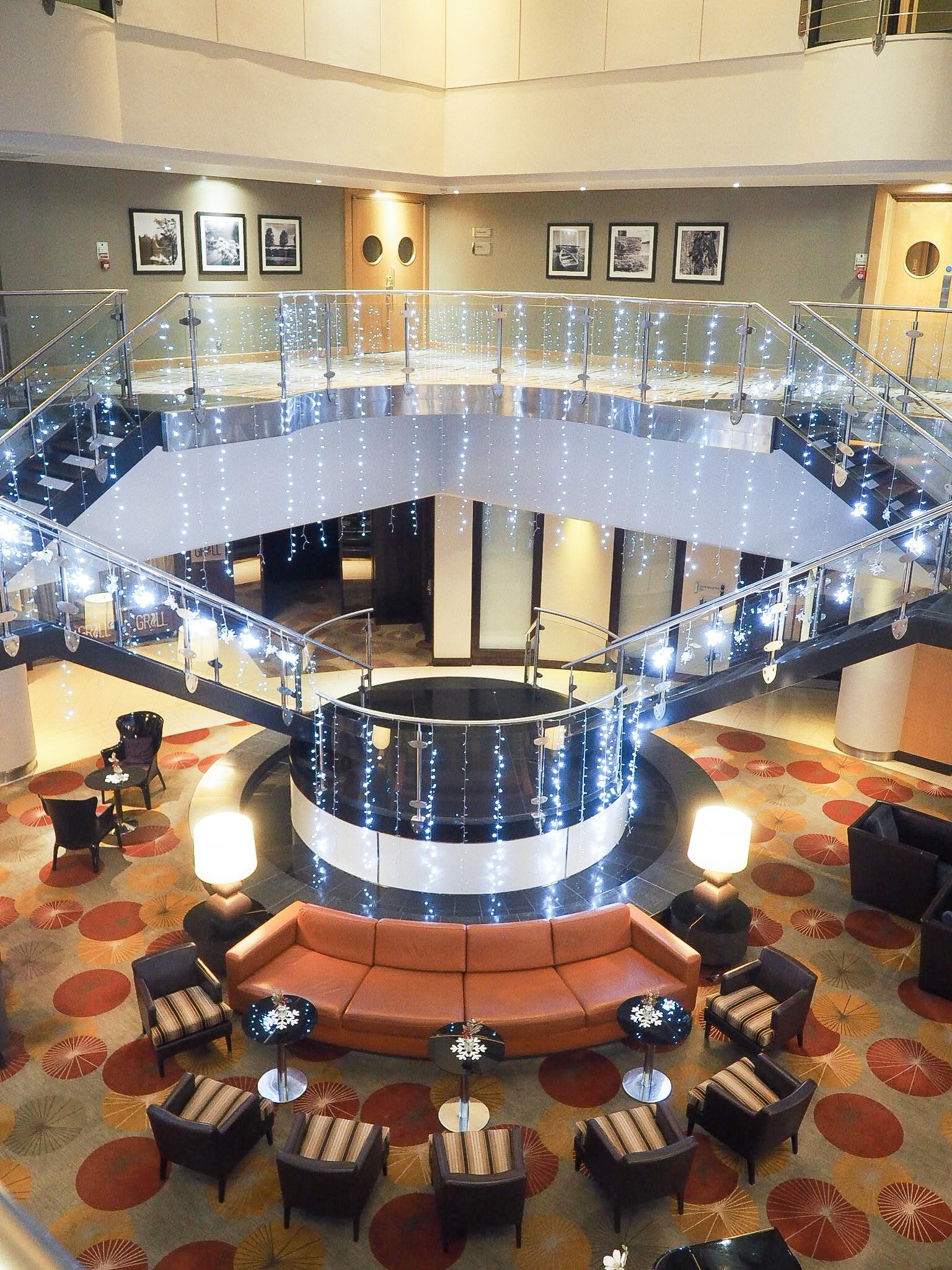 Crowne Plaza Resort Colchester reception