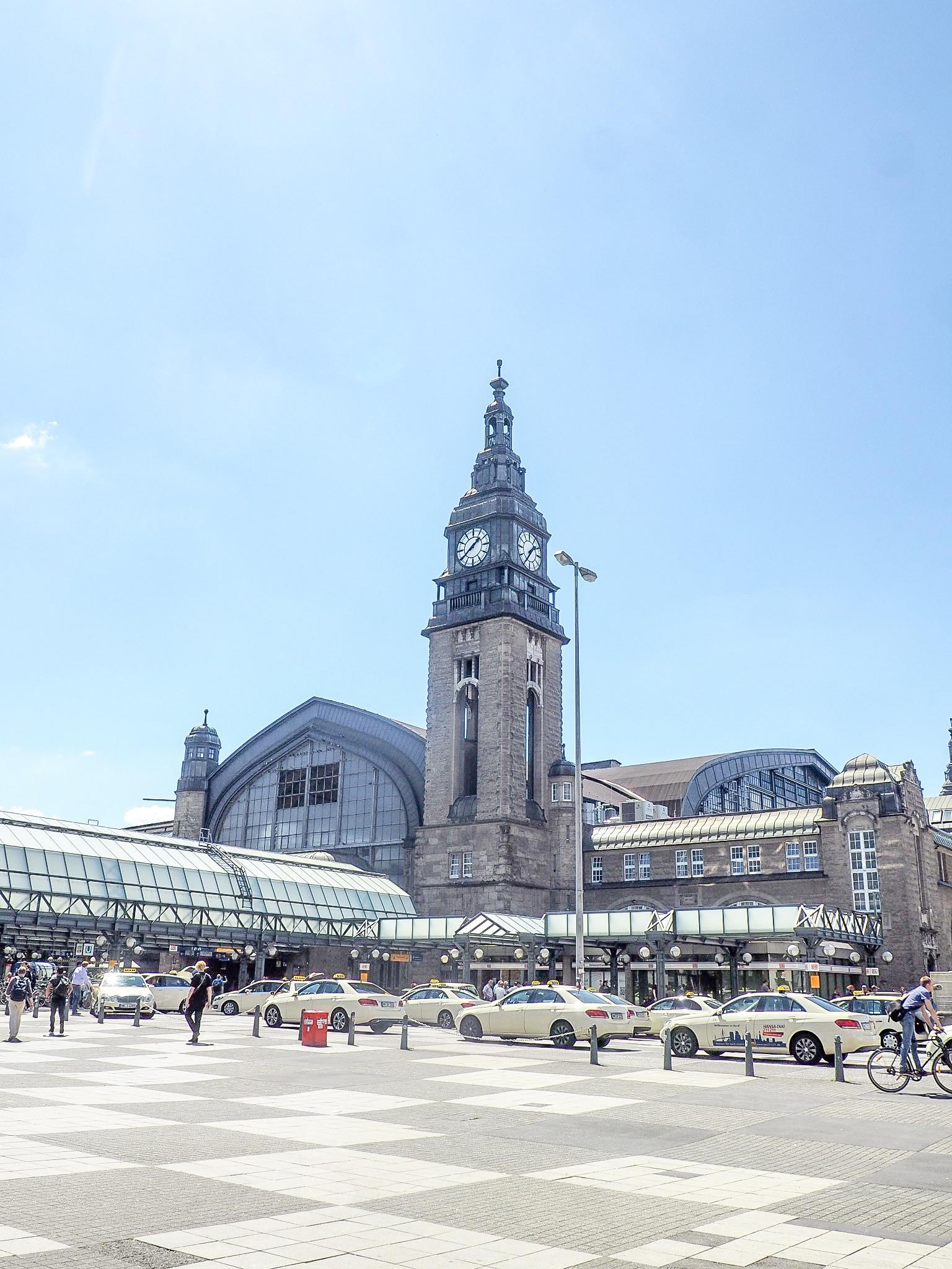 hamburg central train station