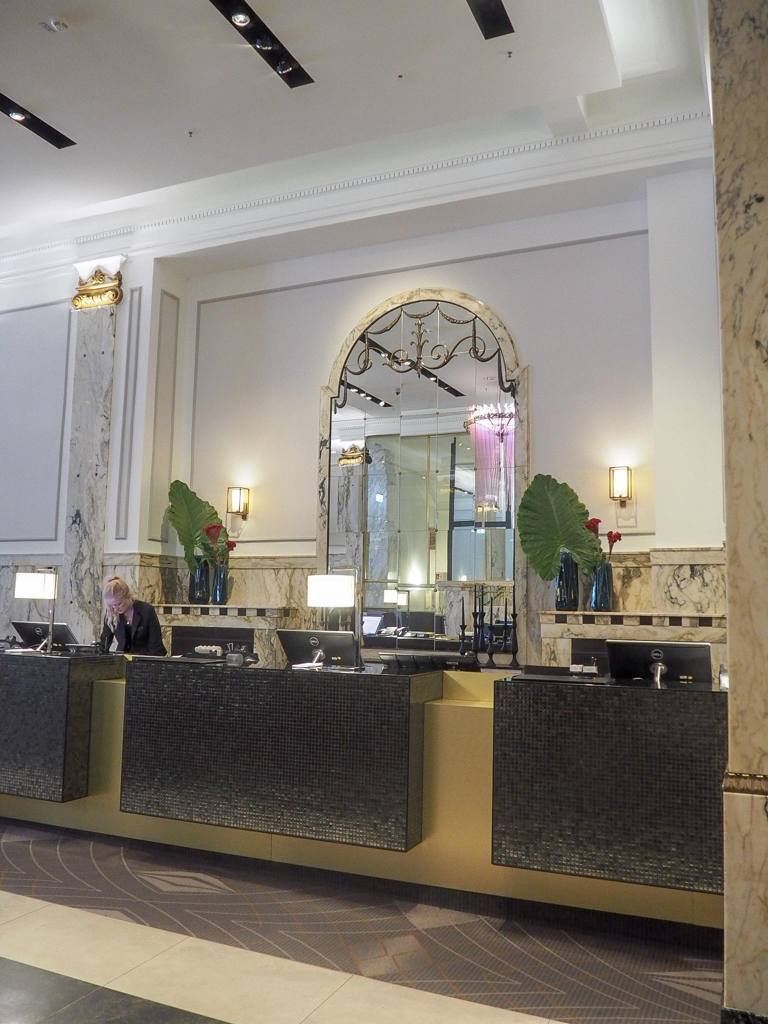 Reichshof Hamburg Hilton