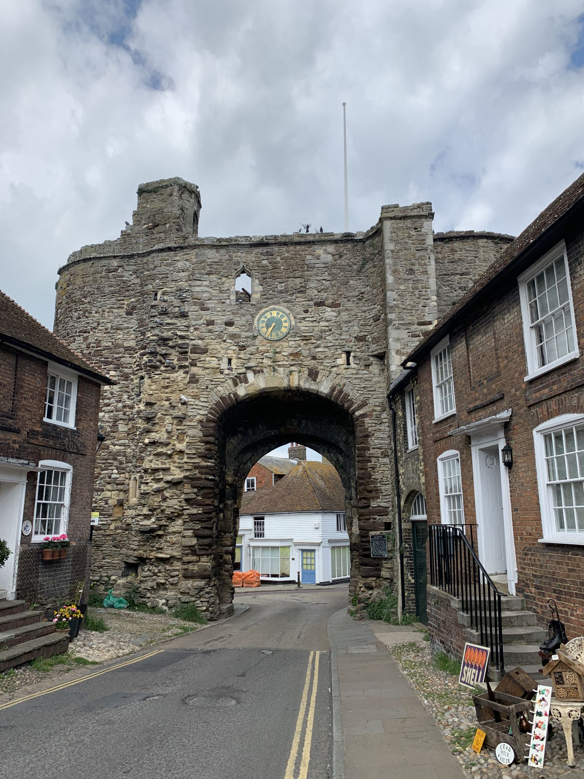 The Landgate Monument rye